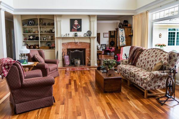 Перепланировка двухкомнатной квартиры для молодой семьи